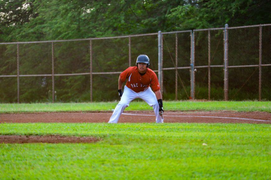 Freshman designated hitter Timothy Dixon. Photograph by Jarin Ashimine ('20)